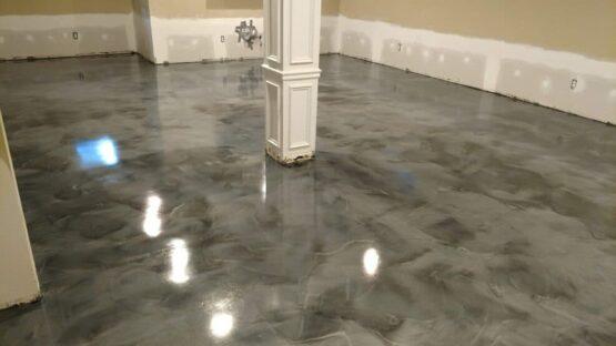 Silver Metallic Epoxy Floor After